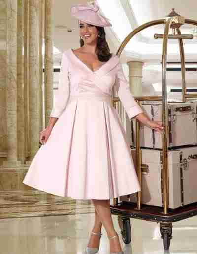 Veromia plus size pastel pink stretch dress with fluted sleeve